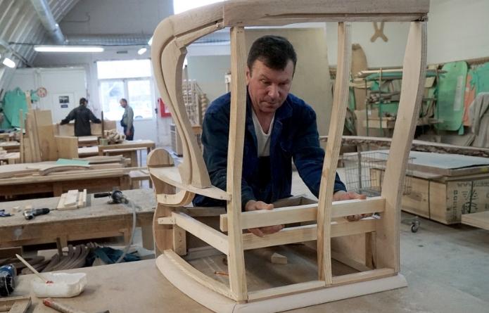 EURONOVA столяр на производство мебели